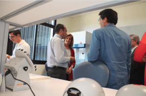 Fatima Báñez visits Canvax´s labs